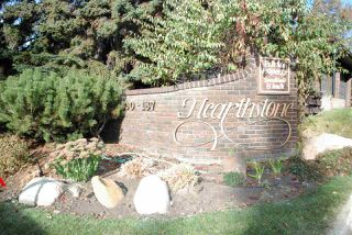 Photo 1: 155 HEARTHSTONE NW in Edmonton: Zone 14 Townhouse for sale : MLS®# E4219189
