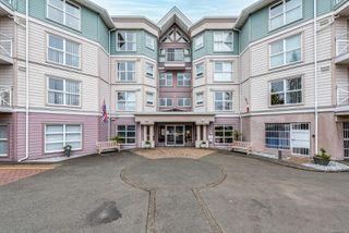 Photo 1: 311 1683 Balmoral Ave in : CV Comox (Town of) Condo for sale (Comox Valley)  : MLS®# 859332