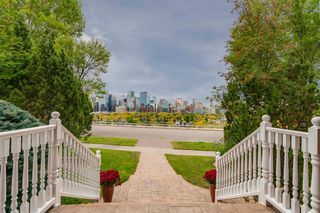 Photo 2: 524 Crescent Road NW in Calgary: Rosedale Detached for sale : MLS®# A1059962