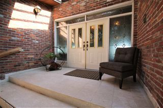 "Photo 3: 5247 STATION Road in Surrey: Panorama Ridge House for sale in ""Panorama Ridge"" : MLS®# R2421994"
