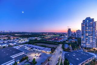 Photo 1: 1703 2232 DOUGLAS Road in Burnaby: Brentwood Park Condo for sale (Burnaby North)  : MLS®# R2428510