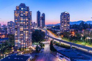 Photo 7: 1703 2232 DOUGLAS Road in Burnaby: Brentwood Park Condo for sale (Burnaby North)  : MLS®# R2428510