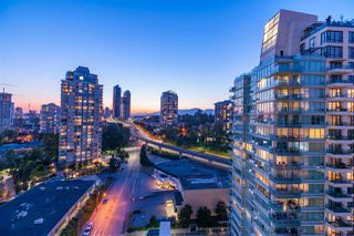 Photo 4: 1703 2232 DOUGLAS Road in Burnaby: Brentwood Park Condo for sale (Burnaby North)  : MLS®# R2428510