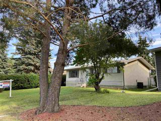 Photo 2: 44 MANOR Drive: Spruce Grove House for sale : MLS®# E4191704