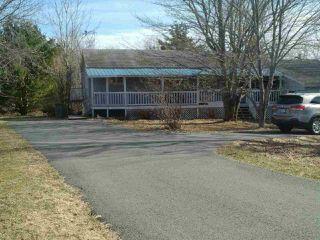 Main Photo: 1 Old Post Road in Enfield: 105-East Hants/Colchester West Residential for sale (Halifax-Dartmouth)  : MLS®# 202006691