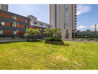 """Photo 16: 703 1330 HARWOOD Street in Vancouver: West End VW Condo for sale in """"WESTSEA TOWERS"""" (Vancouver West)  : MLS®# R2464109"""
