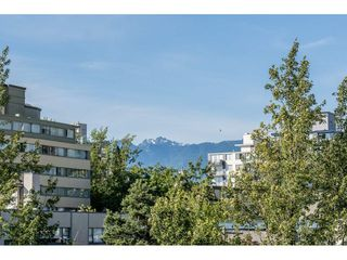 """Photo 10: 703 1330 HARWOOD Street in Vancouver: West End VW Condo for sale in """"WESTSEA TOWERS"""" (Vancouver West)  : MLS®# R2464109"""
