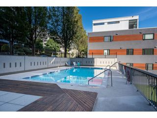 """Photo 13: 703 1330 HARWOOD Street in Vancouver: West End VW Condo for sale in """"WESTSEA TOWERS"""" (Vancouver West)  : MLS®# R2464109"""