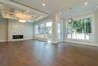 Photo 6: 1955 150 Street in Surrey: Sunnyside Park Surrey House for sale (South Surrey White Rock)  : MLS®# R2470023