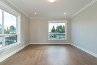 Photo 13: 1955 150 Street in Surrey: Sunnyside Park Surrey House for sale (South Surrey White Rock)  : MLS®# R2470023