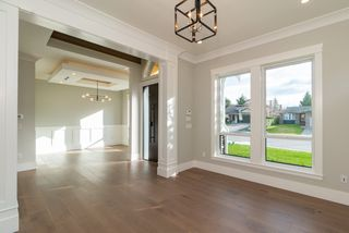 Photo 3: 1955 150 Street in Surrey: Sunnyside Park Surrey House for sale (South Surrey White Rock)  : MLS®# R2470023