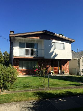 """Main Photo: 5012 MOSS Street in Vancouver: Collingwood VE House for sale in """"COLLINGWOOD"""" (Vancouver East)  : MLS®# R2481325"""
