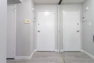 Photo 2:  in Edmonton: Zone 16 Condo for sale : MLS®# E4212804