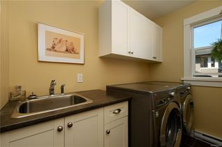 Photo 19: 4010 South Valley Dr in : SW Strawberry Vale House for sale (Saanich West)  : MLS®# 857679