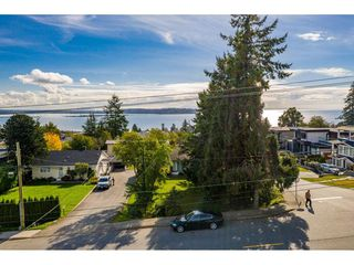 Photo 35: 15721 BUENA VISTA Avenue: White Rock House for sale (South Surrey White Rock)  : MLS®# R2508877