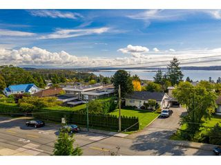 Photo 34: 15721 BUENA VISTA Avenue: White Rock House for sale (South Surrey White Rock)  : MLS®# R2508877