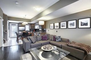 Photo 3: 768 73 Street SW in Calgary: West Springs Row/Townhouse for sale : MLS®# A1044053