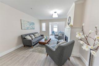 Photo 2: 203 15233 PACIFIC Avenue: White Rock Condo for sale (South Surrey White Rock)  : MLS®# R2390968