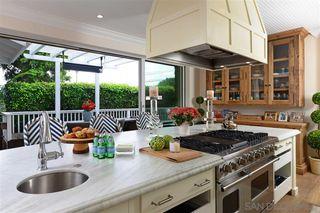Photo 9: SAN DIEGO House for sale : 3 bedrooms : 5514 Bellevue Ave in La Jolla