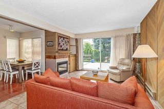 """Photo 4: 3660 BORHAM Crescent in Vancouver: Champlain Heights Townhouse for sale in """"THE UPLANDS"""" (Vancouver East)  : MLS®# R2454592"""
