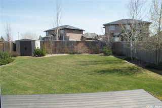 Photo 12: 422 Willowgrove Crescent in Saskatoon: Willowgrove Residential for sale : MLS®# SK808618