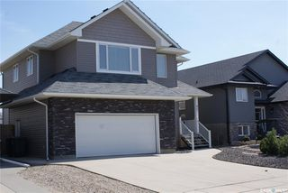 Photo 2: 422 Willowgrove Crescent in Saskatoon: Willowgrove Residential for sale : MLS®# SK808618