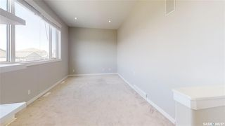 Photo 14: 422 Willowgrove Crescent in Saskatoon: Willowgrove Residential for sale : MLS®# SK808618