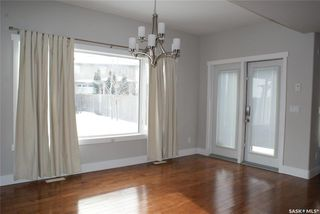 Photo 6: 422 Willowgrove Crescent in Saskatoon: Willowgrove Residential for sale : MLS®# SK808618