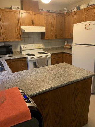 Photo 2: 2712 49A Street in Edmonton: Zone 29 House for sale : MLS®# E4198427