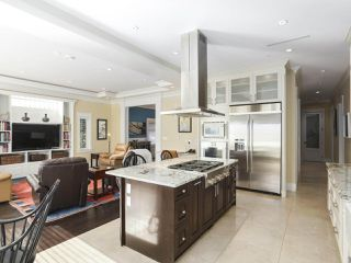 Photo 11: 2136 W 51ST Avenue in Vancouver: S.W. Marine House for sale (Vancouver West)  : MLS®# R2467967