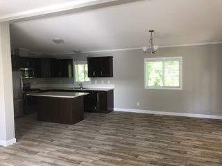 """Photo 3: 25 24330 FRASER Highway in Langley: Murrayville Manufactured Home for sale in """"Langley Grove"""" : MLS®# R2476219"""