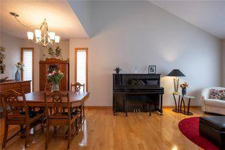 Photo 3: 83 Myles Robinson Way in Winnipeg: Island Lakes Residential for sale (2J)  : MLS®# 202025908