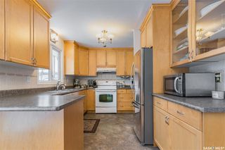 Photo 3: 3321 Mountbatten Street in Saskatoon: Montgomery Place Residential for sale : MLS®# SK834378
