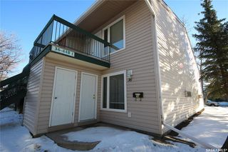 Photo 1: 36 Nollet Avenue in Regina: Normanview West Residential for sale : MLS®# SK836187