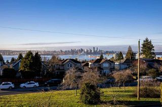 Main Photo: 338 E KEITH Road in North Vancouver: Central Lonsdale House for sale : MLS®# R2531017