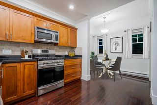 """Photo 3: 784 ST. GEORGES Avenue in North Vancouver: Central Lonsdale Townhouse for sale in """"St. Georges Row"""" : MLS®# R2409254"""