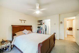 "Photo 12: 210 1520 VIDAL Street: White Rock Condo for sale in ""THE SANDHURST"" (South Surrey White Rock)  : MLS®# R2421129"
