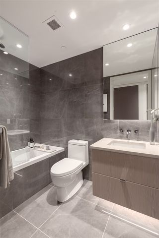 """Photo 5: 102 633 W KING EDWARD Avenue in Vancouver: Cambie Condo for sale in """"AMBER BY ARAGON"""" (Vancouver West)  : MLS®# R2423421"""
