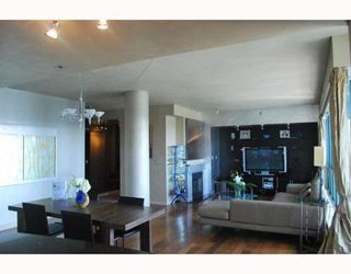 Photo 3: 2202 212 DAVIE Street in Vancouver West: Home for sale : MLS®# V779992