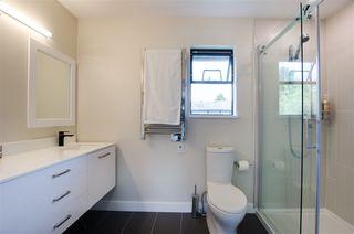Photo 17: 5423 WALLACE Avenue in Delta: Pebble Hill House for sale (Tsawwassen)  : MLS®# R2445227
