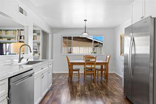 Photo 5: EL CAJON House for sale : 3 bedrooms : 1034 Blackbird Street