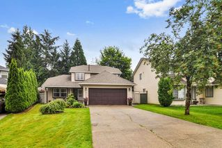 "Photo 1: 9550 215B Street in Langley: Walnut Grove House for sale in ""Country Meadows"" : MLS®# R2472091"