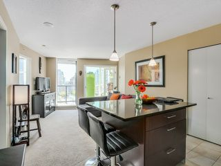 """Photo 8: 1005 1199 SEYMOUR Street in Vancouver: Downtown VW Condo for sale in """"Brava (south)"""" (Vancouver West)  : MLS®# R2498619"""
