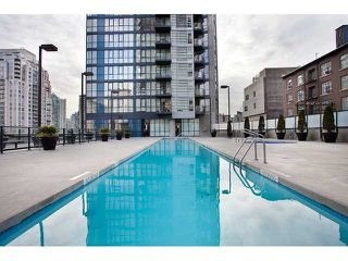 """Photo 15: 1005 1199 SEYMOUR Street in Vancouver: Downtown VW Condo for sale in """"Brava (south)"""" (Vancouver West)  : MLS®# R2498619"""
