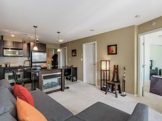 """Photo 3: 1005 1199 SEYMOUR Street in Vancouver: Downtown VW Condo for sale in """"Brava (south)"""" (Vancouver West)  : MLS®# R2498619"""