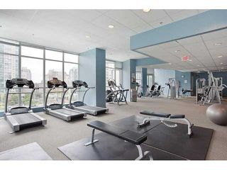"""Photo 16: 1005 1199 SEYMOUR Street in Vancouver: Downtown VW Condo for sale in """"Brava (south)"""" (Vancouver West)  : MLS®# R2498619"""