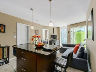 """Photo 7: 1005 1199 SEYMOUR Street in Vancouver: Downtown VW Condo for sale in """"Brava (south)"""" (Vancouver West)  : MLS®# R2498619"""