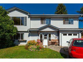 Main Photo: 9582 212B Street in Langley: Walnut Grove House for sale : MLS®# R2501057