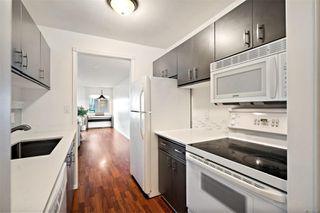 Photo 4: 206 1241 Fairfield Rd in : Vi Fairfield West Condo for sale (Victoria)  : MLS®# 858342