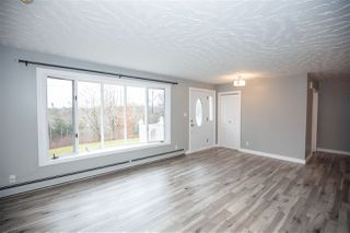 Photo 4: 801 South Rawdon Road in Mount Uniacke: 105-East Hants/Colchester West Residential for sale (Halifax-Dartmouth)  : MLS®# 202023802